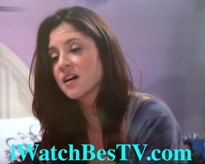 A Crush on Someone: Loren Tate (Brittany Underwood) in Love in Hollywood Heights