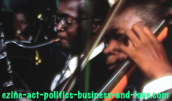 Ezine Acts African Art: African Music Art Group, with Vocal Instruments.