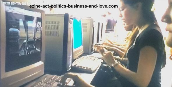 Ezine Acts Business Opportunities: Public computer business opportunities in Bangkok.