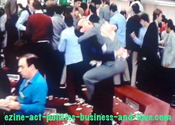 Ezine Acts Comment C2 Entries: Dan Aykroyd and Eddie Murphy in NY Stock Market Exchange in Trading Places.