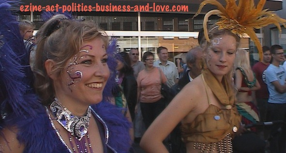 Ezine Acts Comments on Samba Dance Girls on Beautiful Dresses and Colors.
