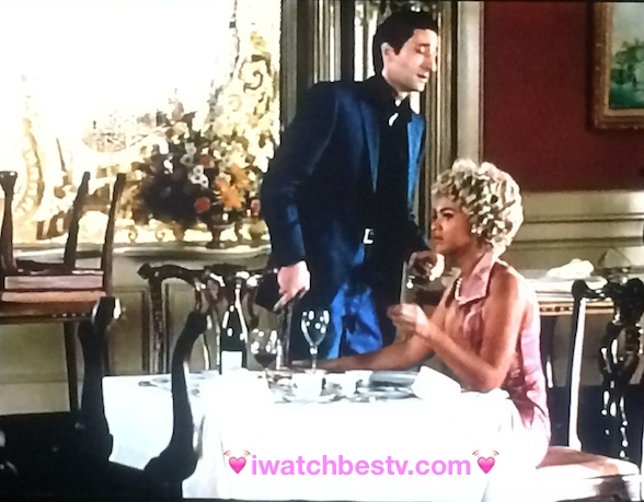 Ezine Acts Link Building Strategies: Pictures Link Building Strategies: Beyonce in Cadillac Records Acting as Etta James.