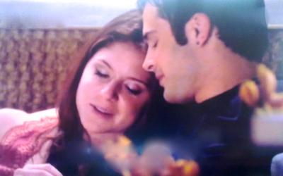 Loren Tate (Brittany Underwood) Told her Love Eddie Duran (Cody Longo) that her Mom Took her When She was a Child to Hear and See his Duet Parents Performing in Hollywood Heights.