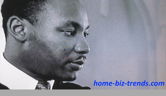home-biz-trends.com - Blogger: Martin Luther King in One of His Influential Presence in Montgomery, Alabama.