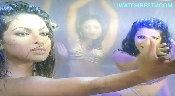 Aerobics Classes: In the Indian Movie Asambhav Indian Dancers Dance Like in Aerobics Classes.