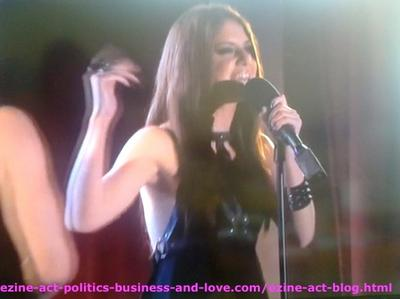 Loren Tate (Brittany Underwood) Doing the Duet with her Love Eddie Duran (Cody Longo) in Hollywood Heights.
